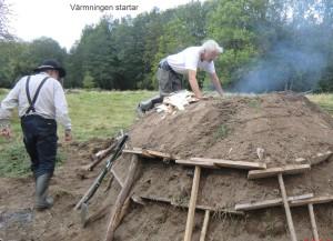 Här arbetar bland annat Tomas Lindström med milan. Foto: Henry Arvidsson